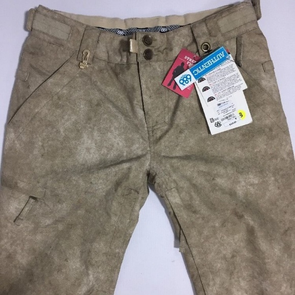 686 Snowboarding Pants Reserved S Rating 5 NEW